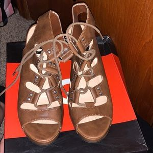 G by guess 6.5 gently used